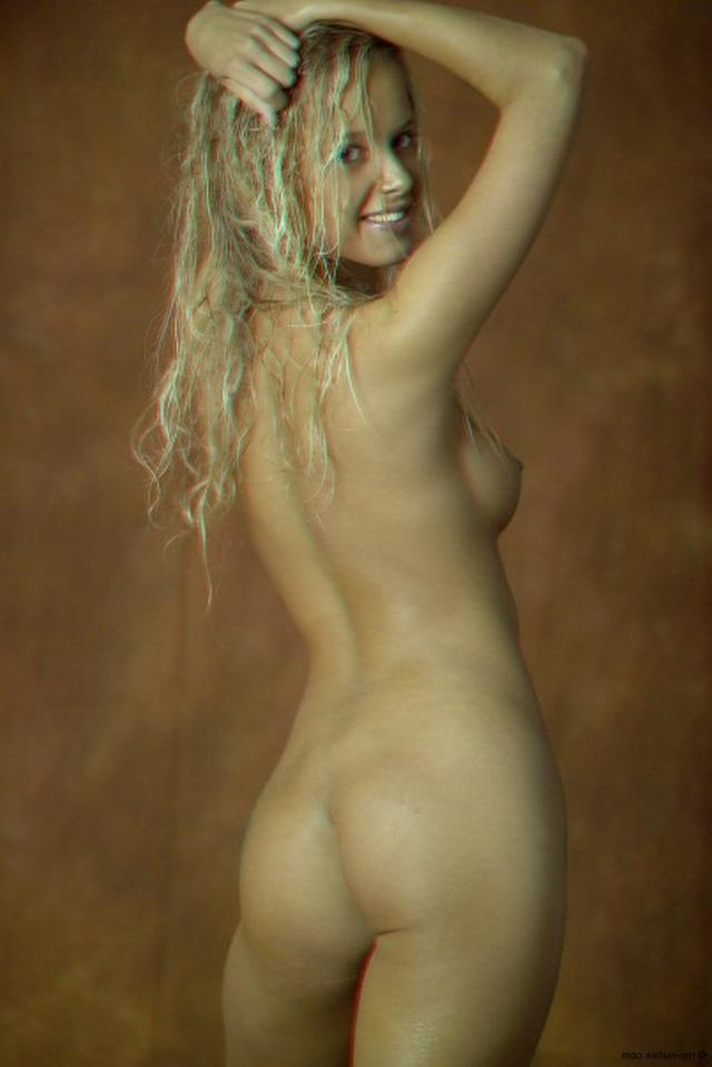Curly busty blonde with a perfect body 16 photo
