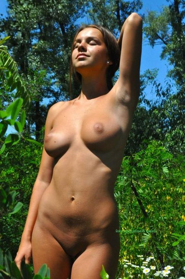 Young and the most ordinary girls nude 17 photo