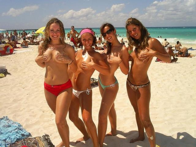 Nudists nothing and no one hesitates 30 photo