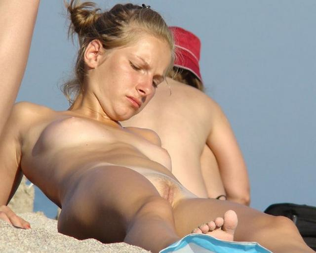 Nudists nothing and no one hesitates 31 photo