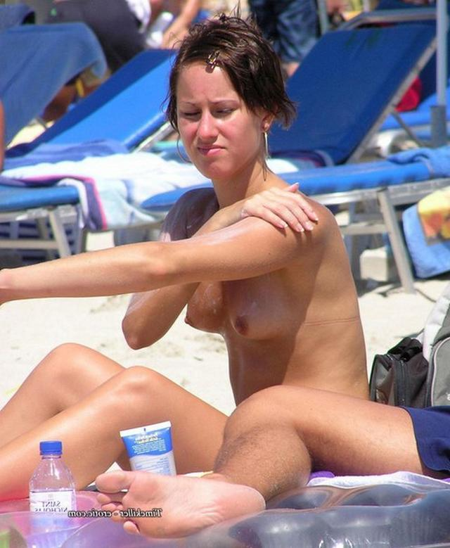 Nudists nothing and no one hesitates 25 photo