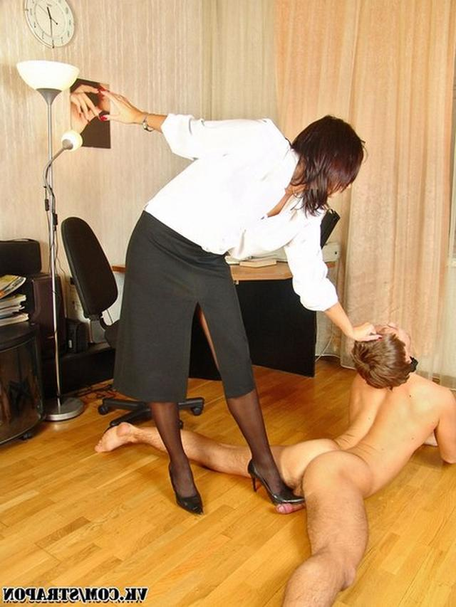 Men licks anal and pussy their mistresses 5 photo