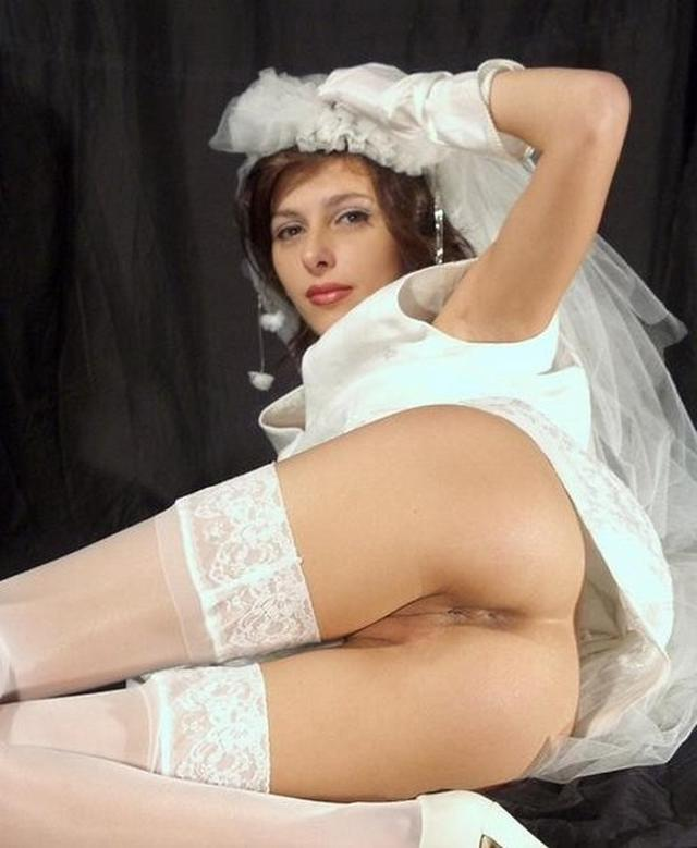 Cute bride in a wedding dress without panties 7 photo