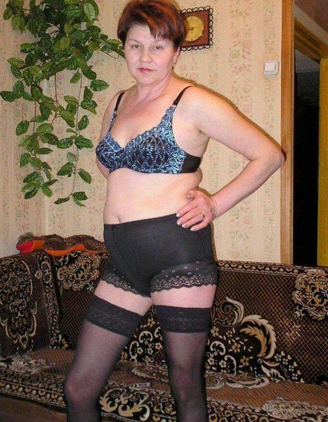 Drunk Grandma tried on sexy lingerie 7 photo