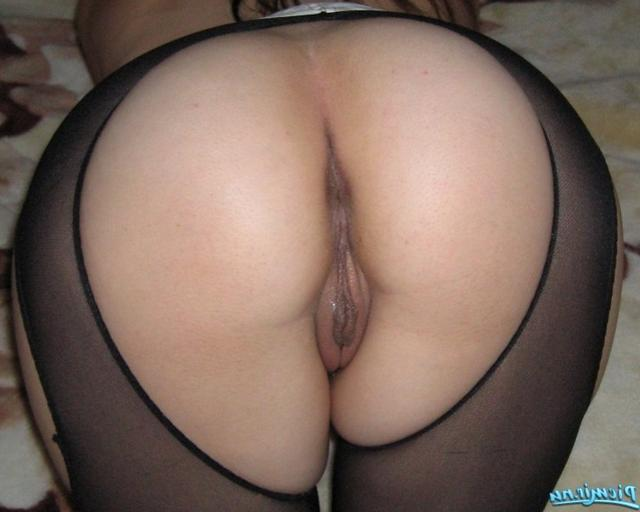 Sweet asses and wet pussies from amateur chicks 2 photo