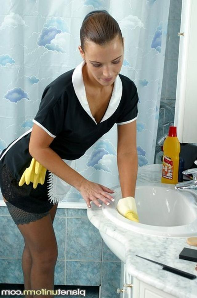 Sexy maids and housekeepers ready for sex 1 photo