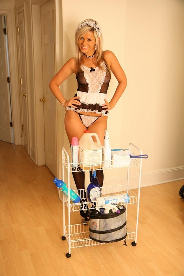 Sexy maids and housekeepers ready for sex 6 photo