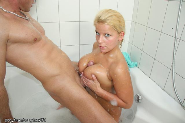 Lucy sucks big dick in bathroom 7 photo