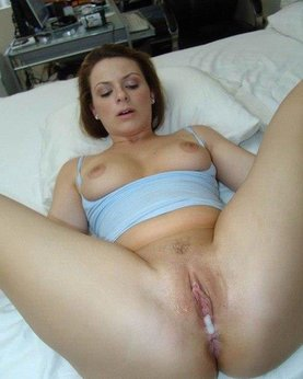 Pretty moms loves sperm and anal sex
