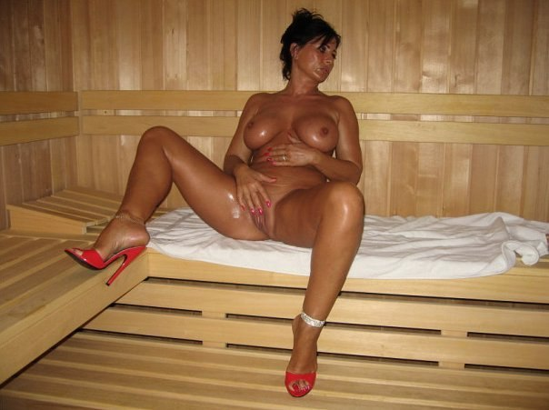 Photos brutal mature divorced ladies 17 photo