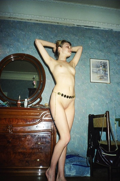 Erotic photos of 90's - beautiful Russian girls 28 photo