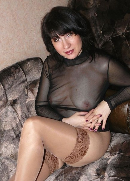 Mature moms in stockings openly shows themselves 19 photo