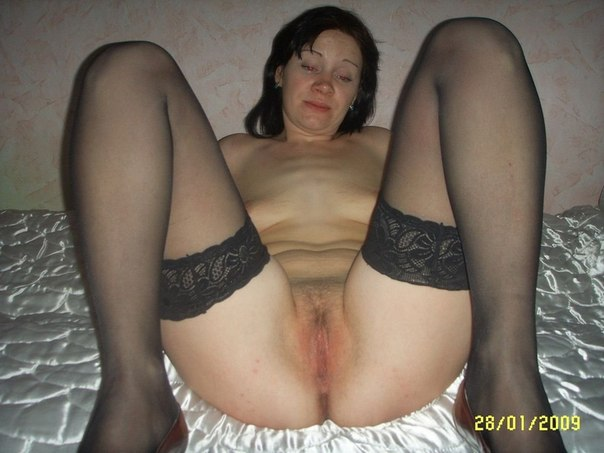 Mature moms in stockings openly shows themselves 23 photo