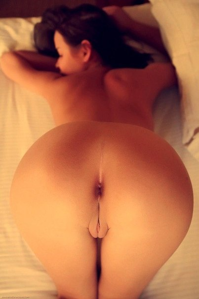 Porn pics gallery with young lover of hard penises 14 photo