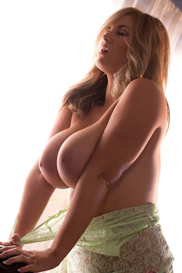 10 sex porn actress photo 16 photo