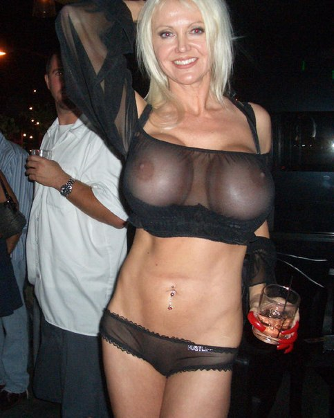 Mature wife with big tits unfaithful to her husband in nightclubs 14 photo