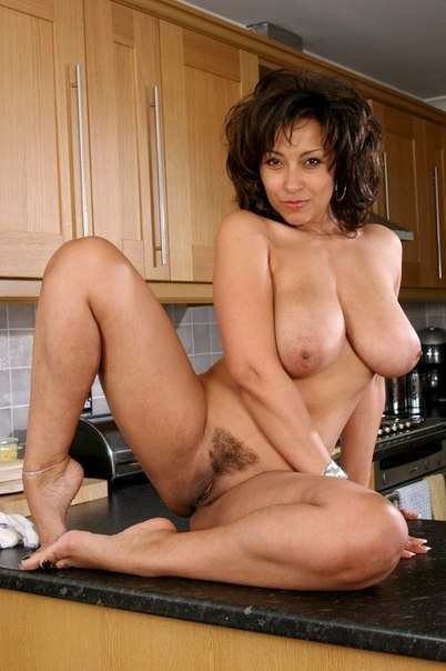 Middle-aged ladies with beautiful forms of naked photo 16 photo