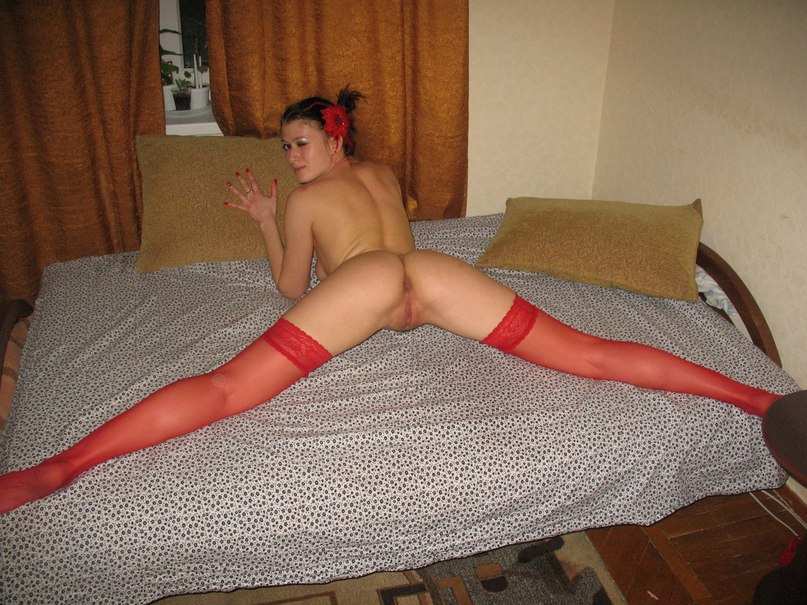 Slut in nurse costume and red stockings  makes a blowjob to her man 15 photo