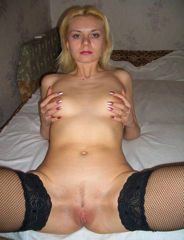 Beautiful wives on face and body likes doggy 19 photo