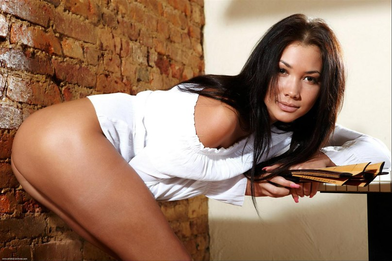 Alina - Russian porn actress from the Czech Republic 1 photo