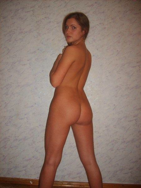 Private porn photos pretty girl with a beautiful figure 25 photo