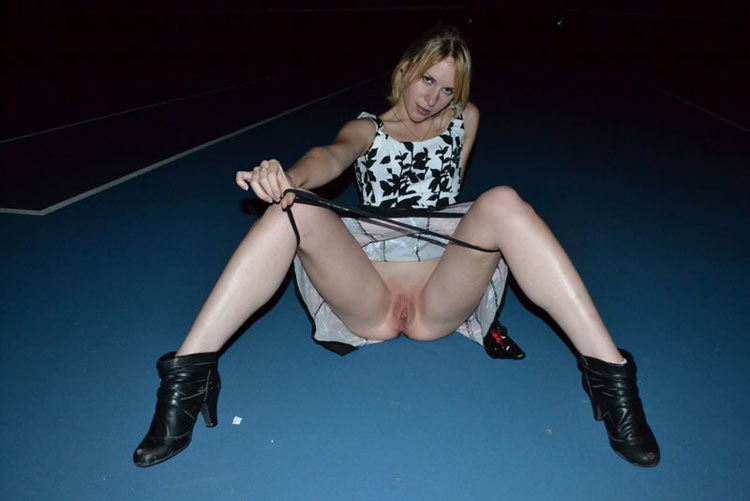 Whore sucked and fucked at night on the tennis court 8 photo