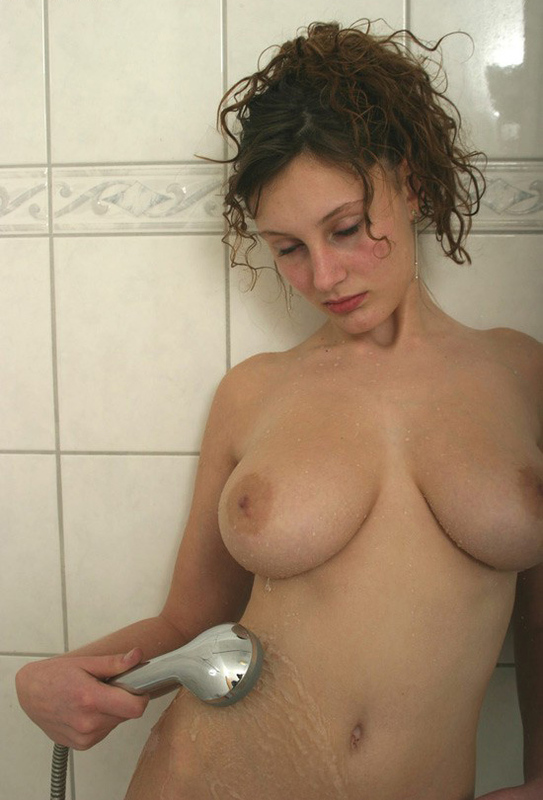 Beautiful bitch with hairy pubis showers 8 photo