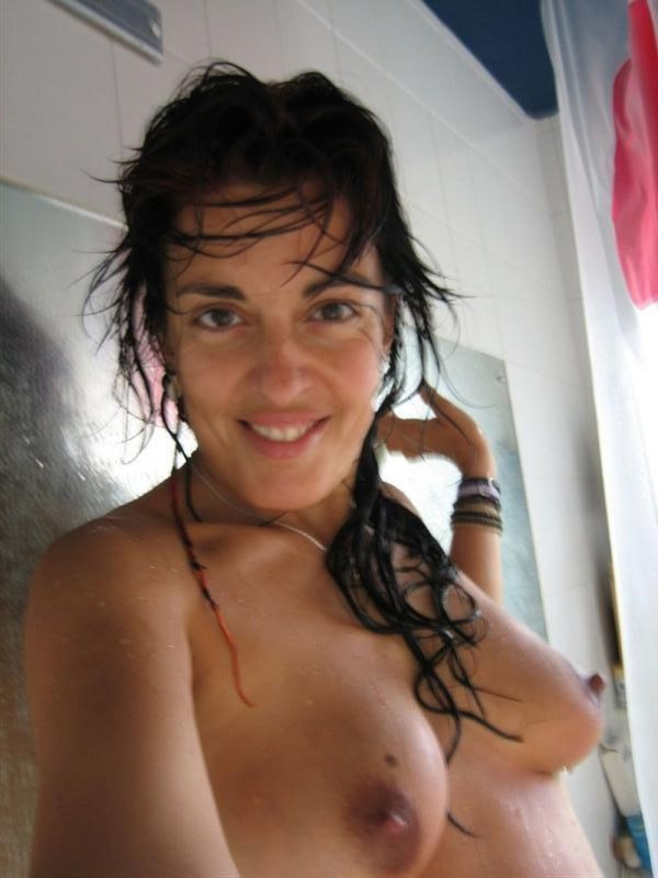 Teen german girls with beautiful tits posing naked 12 photo