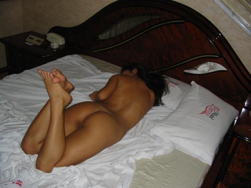 Teen german girls with beautiful tits posing naked 16 photo