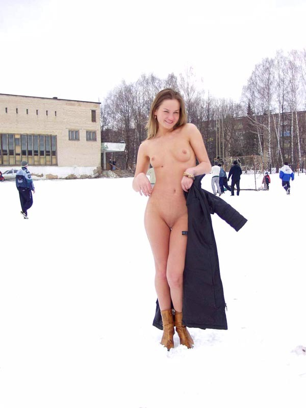 Football cheerleader stripped at the playground in the winter 10 photo