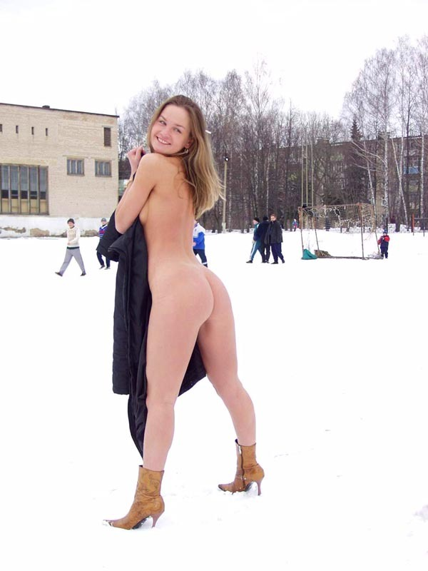 Football cheerleader stripped at the playground in the winter 15 photo
