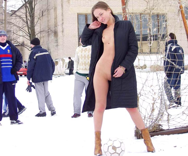 Football cheerleader stripped at the playground in the winter 28 photo