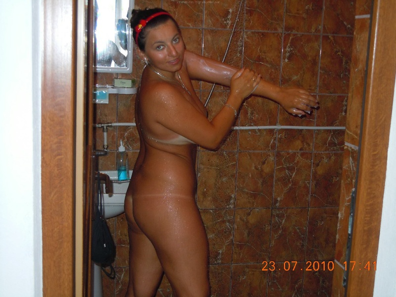 Family couple took turns taking a shower in the hotel room 14 photo
