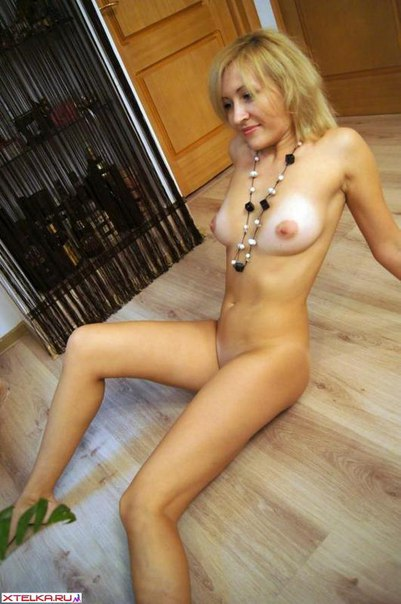 Sexy mature ladies presents their naked photo 26 photo