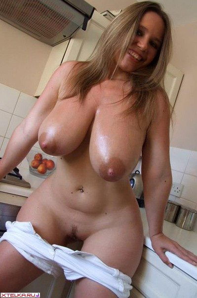 Sexy mature ladies presents their naked photo 14 photo