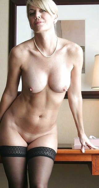 Amazing sexy mature ladies looking for sex 24 photo