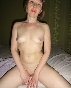 Mature women - naked wife of the provincial towns