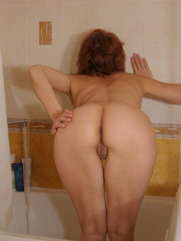 Фото голая попа моей мамы 32571 фотография