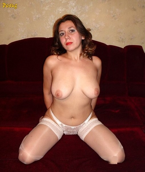 Naked beautiful wives at home waiting for husbands 27 photo