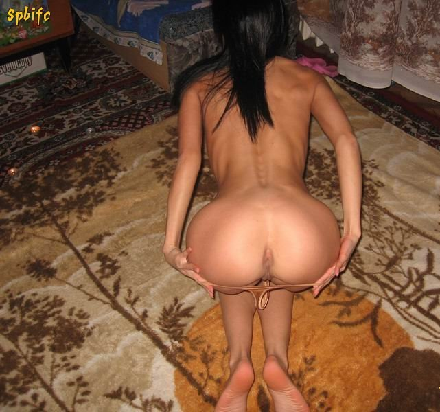 Naked beautiful wives at home waiting for husbands 16 photo