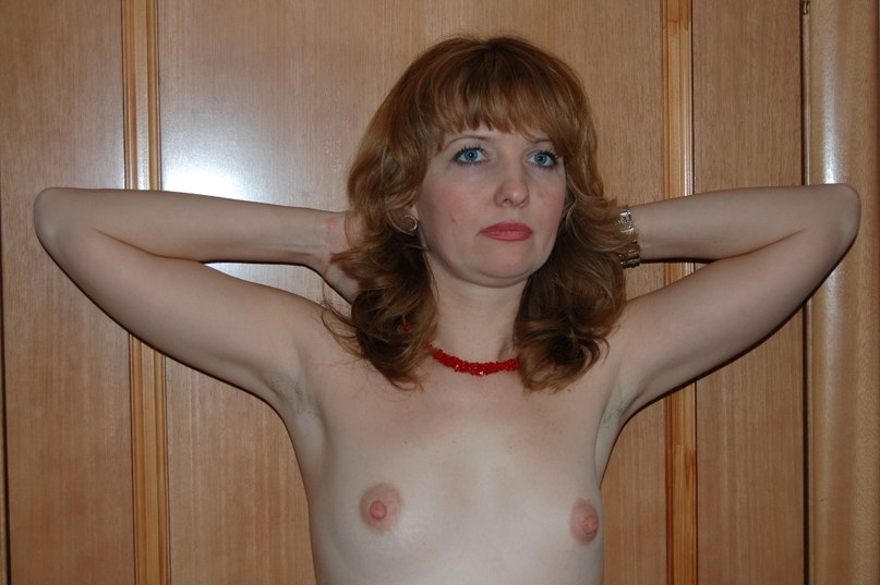 Sexy wives show their big boobs 20 photo