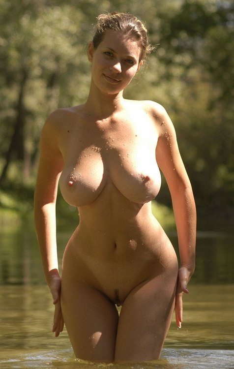 Sexy wives show their big boobs 6 photo