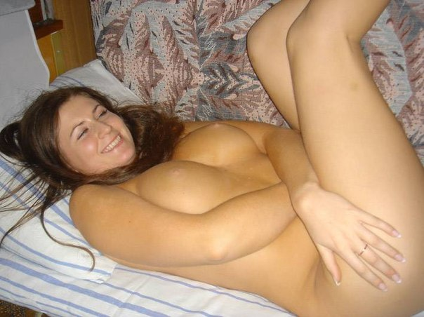 Immodest naked ladies show their charms 16 photo
