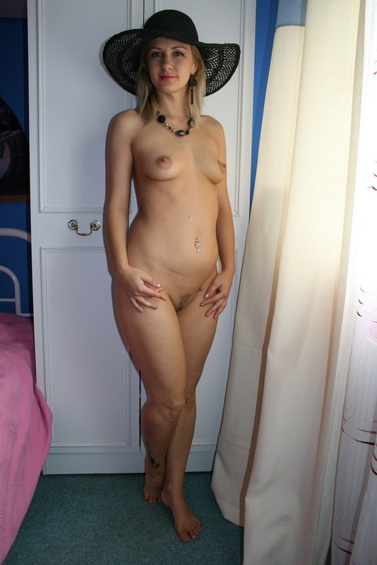 Mature-aged wife with a beautiful figure 18 photo