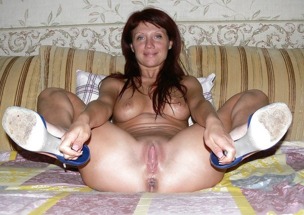 Beautiful vulgar mommies with her spread legs 7 photo