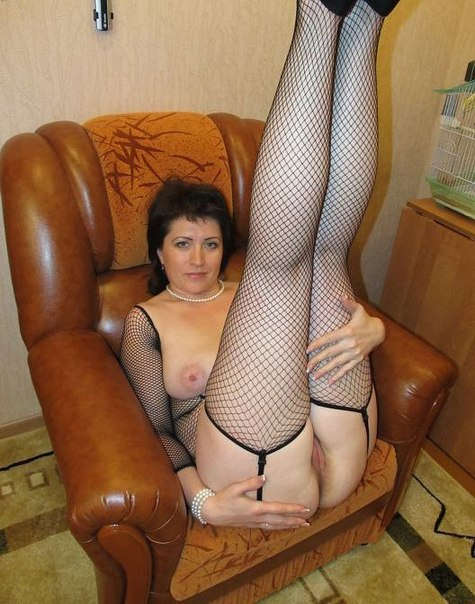 Homemade mature ladies show their big tits, pussies and asses 27 photo