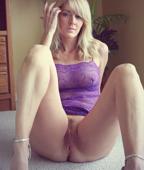 Homemade mature ladies show their big tits, pussies and asses 31 photo