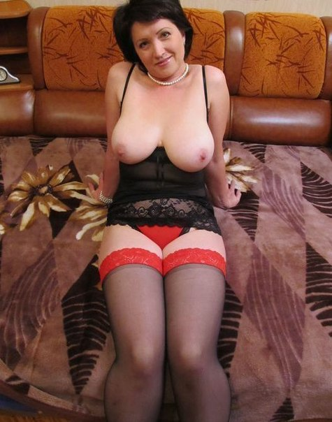 Homemade mature ladies show their big tits, pussies and asses 30 photo