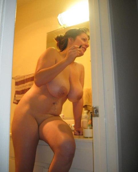 Mature ladies with big tits porn photo 3 photo