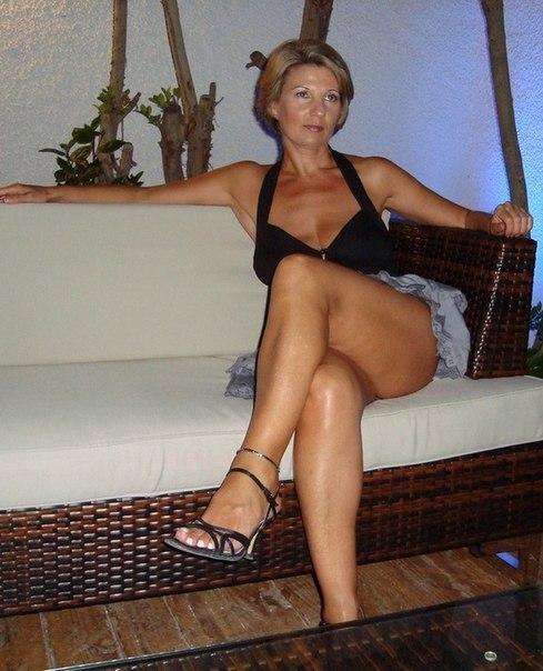 Mature ladies with big tits porn photo 1 photo